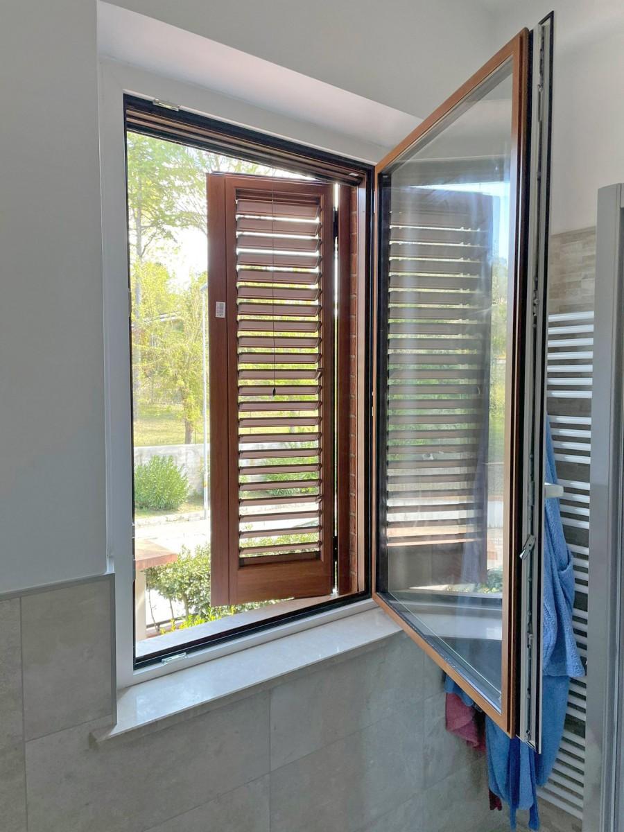 serramenti in alluminio con triplo vetro